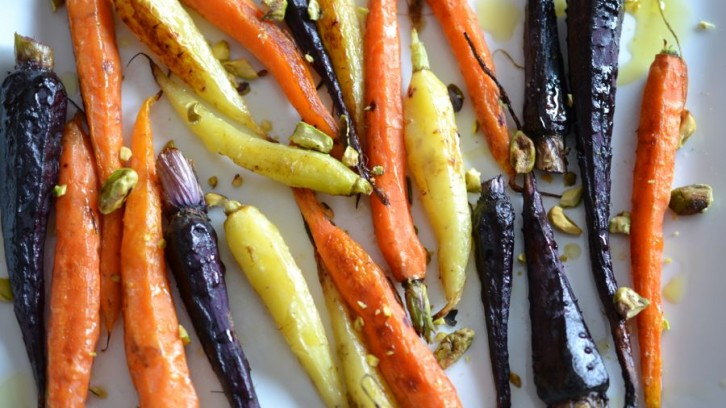 Roasted Baby Carrots with Pistachios