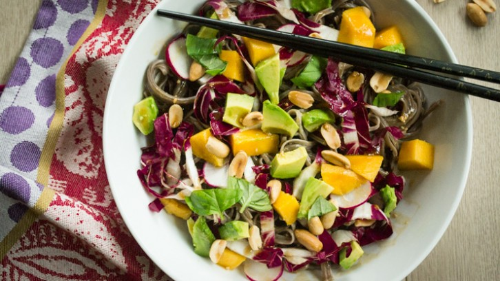 Quick Weeknight Meal: Soba Noodle Salad with Trevisio & Peanut Sauce