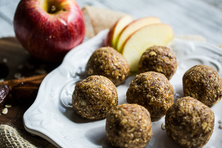 Spiced Apple and Almond Energy Bites
