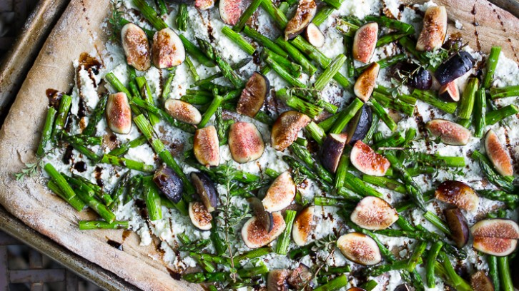 Roasted Asparagus and Fig Pizza with Thyme and Balsamic Glaze