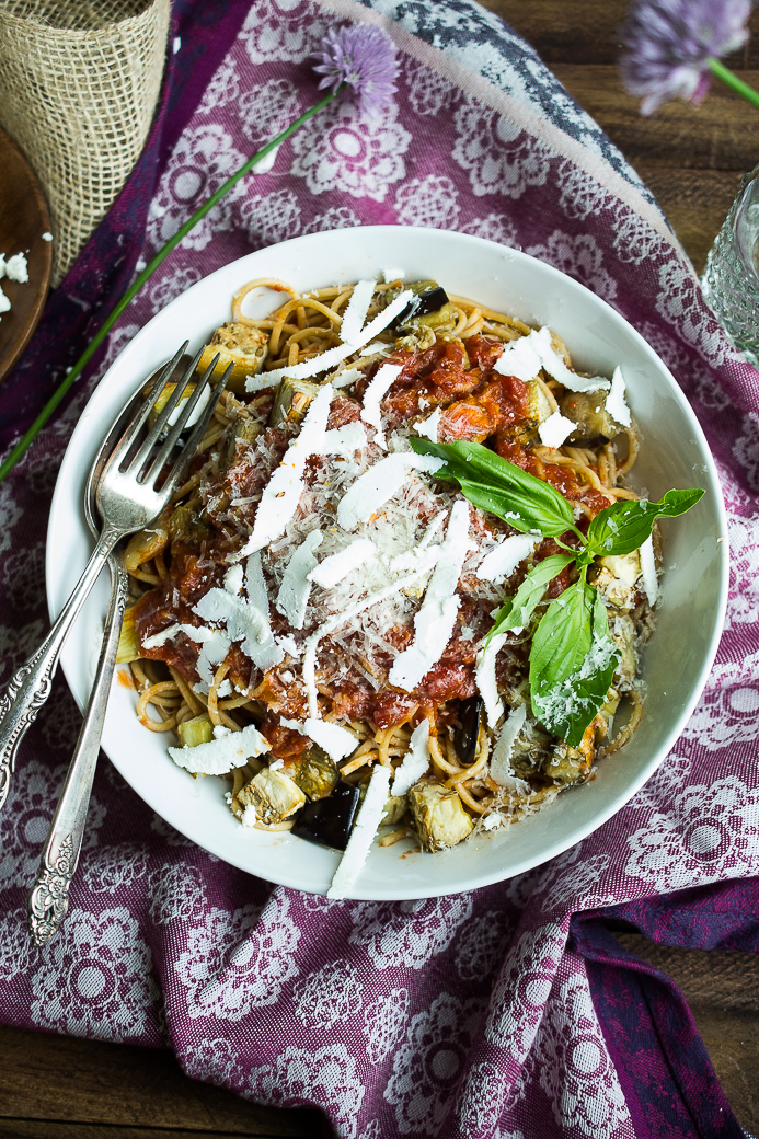 Whole Wheat Spaghetti Alla Norma {with roasted eggplant} - The Hanging ...