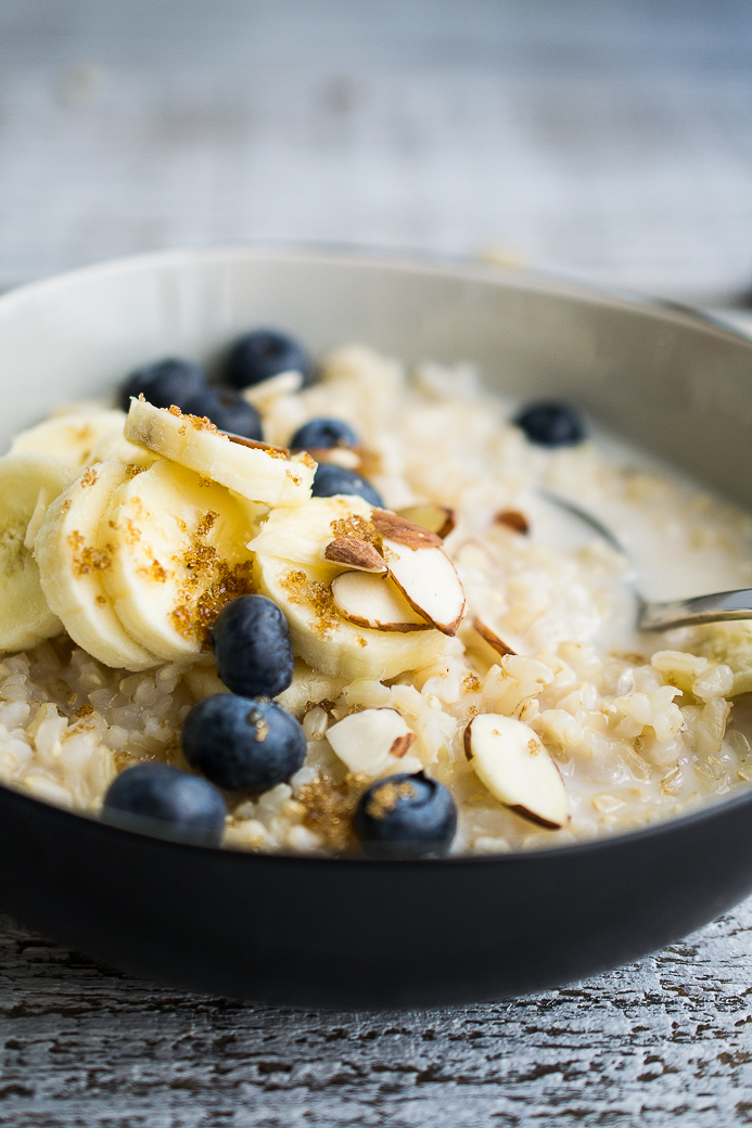 Blueberry Banana Brown Rice Breakfast Bowl
