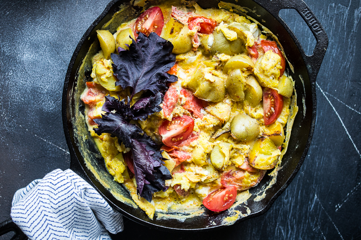 Scrambled Egg, Tomato and Potato Skillet
