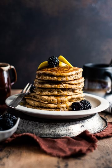 Fluffy Lemon Poppy Pancakes