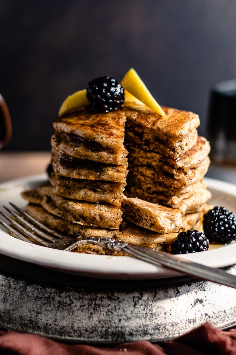 Fluffy Lemon Poppyseed Pancakes