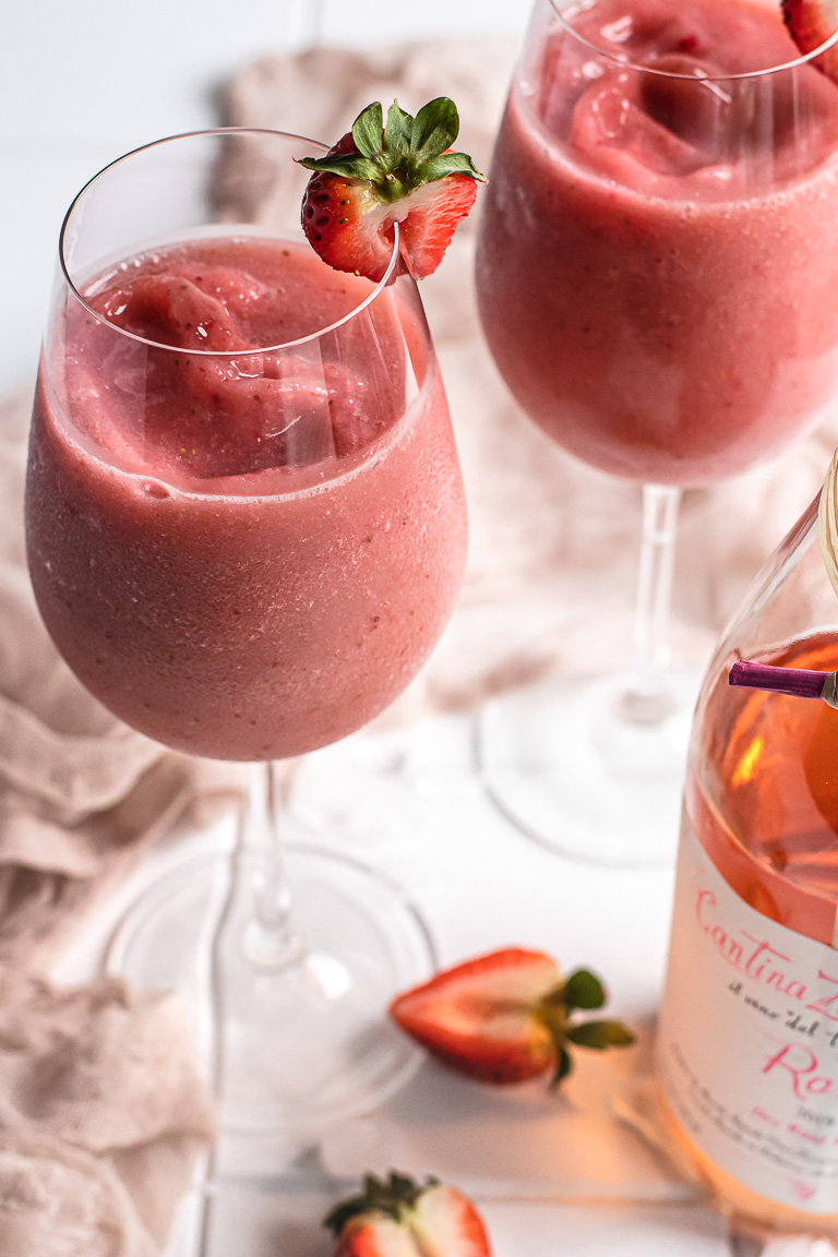 Easy Strawberry Frose'